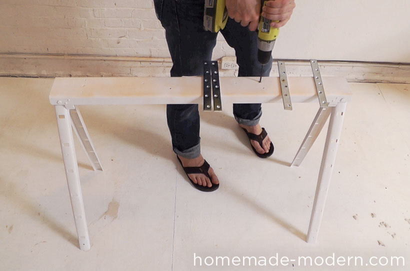 HomeMade Modern DIY Pipe Bench Step 5