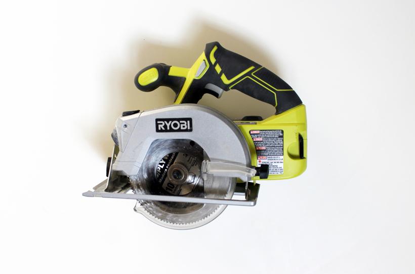 HomeMade Modern Tools and Materials RYOBI 5.5 Cordless 18 Volt Circular Saw