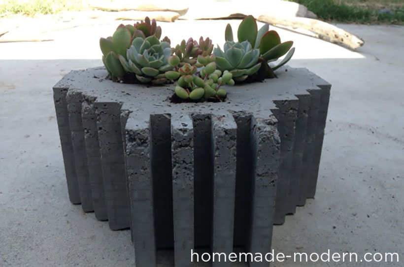 HomeMade Modern DIY EP33 8-Bit Concrete Skull Planter Options