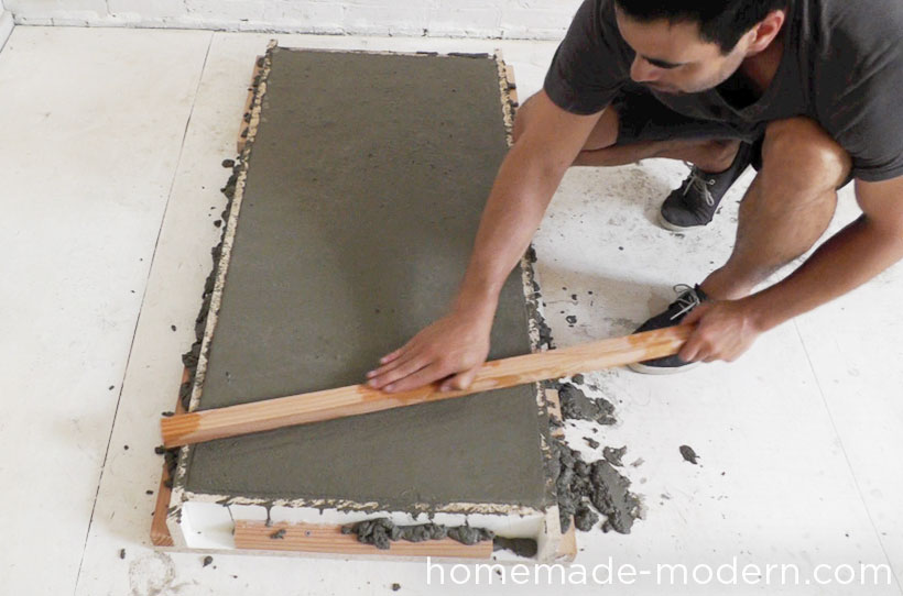 HomeMade Modern DIY EP40 Concrete + Iron Bar Table Step 7