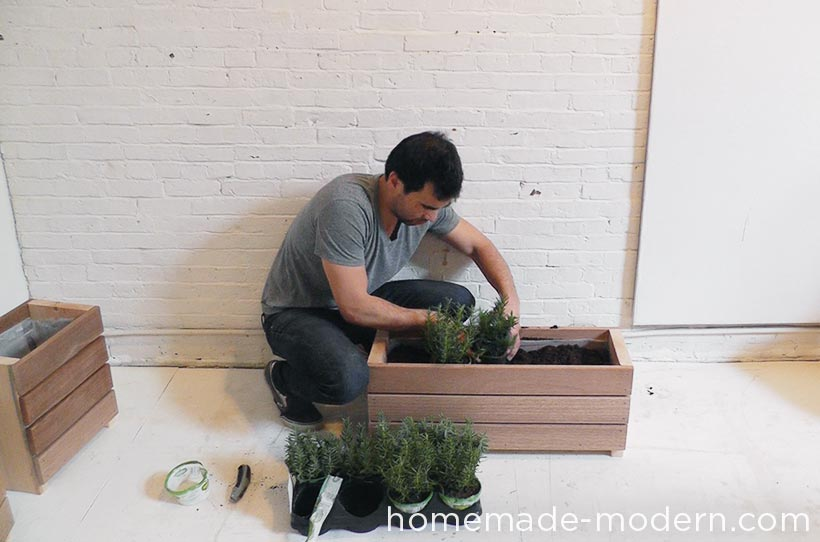 HomeMade Modern DIY EP60 Stackable Planters Step 11