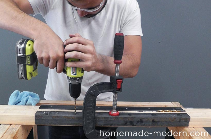 HomeMade Modern DIY EP68 Pipe Coffee Table Step 11