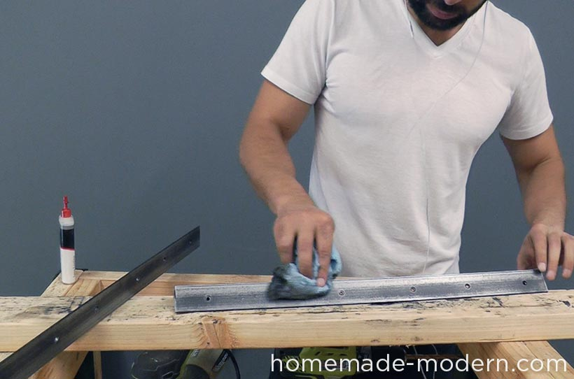 HomeMade Modern DIY EP68 Pipe Coffee Table Step 12