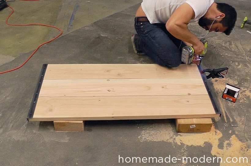 HomeMade Modern DIY EP68 Pipe Coffee Table Step 13