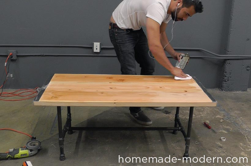 HomeMade Modern DIY EP68 Pipe Coffee Table Step 16